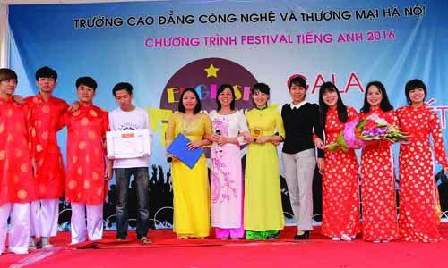 festival-tieng-anh-cao-dang-cong-nghe-thuong-mai-ha-noi-2016-luu-niem-3