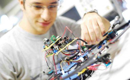Ngành Điện – Điện tử học những gì ?