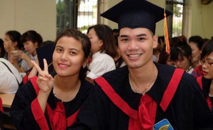 Lễ bế giảng và trao bằng tốt nghiệp Cao đẳng Chính Quy khóa VI (2013 – 2016)