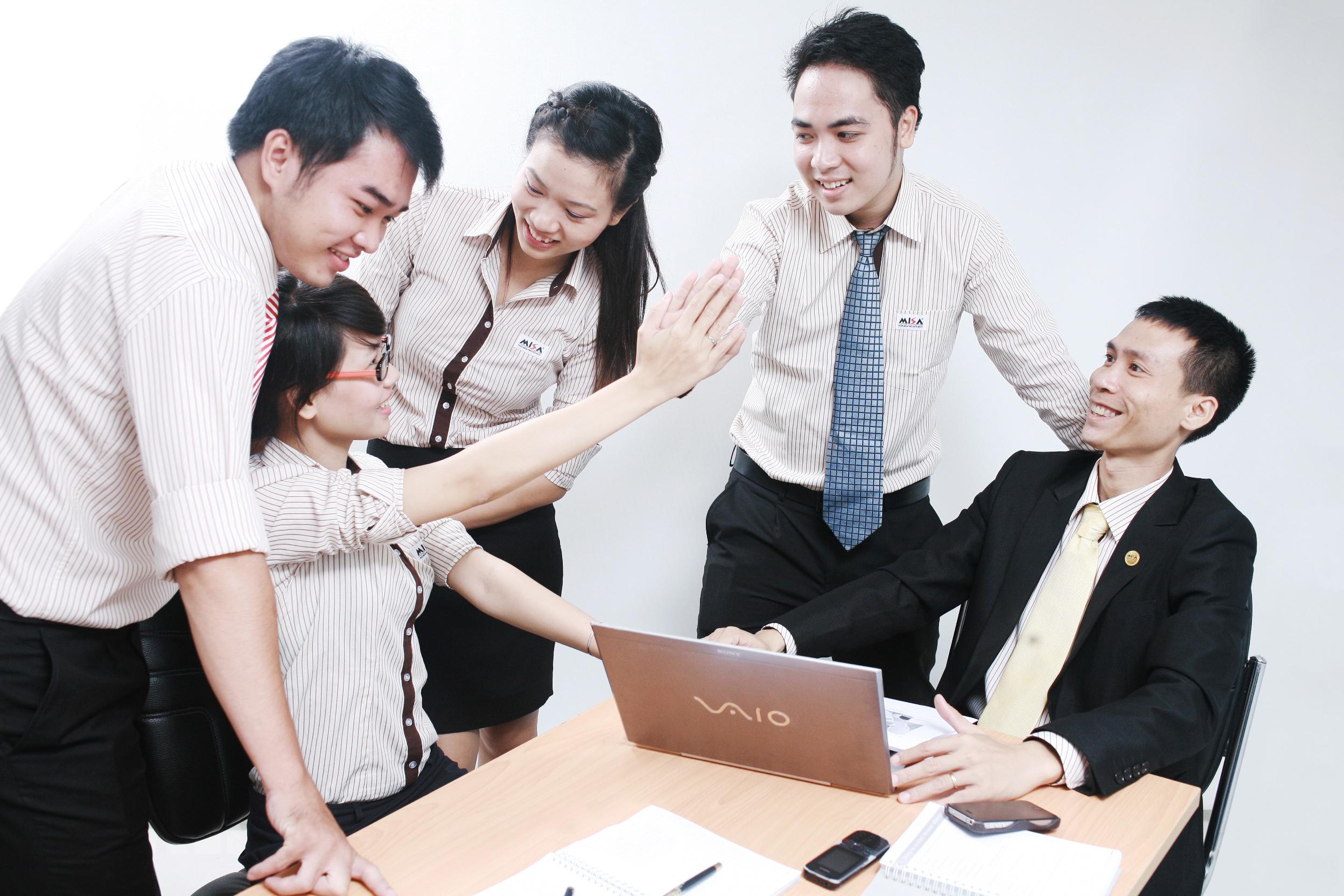 Nghề nghiệp cho người theo học quản lý kinh doanh