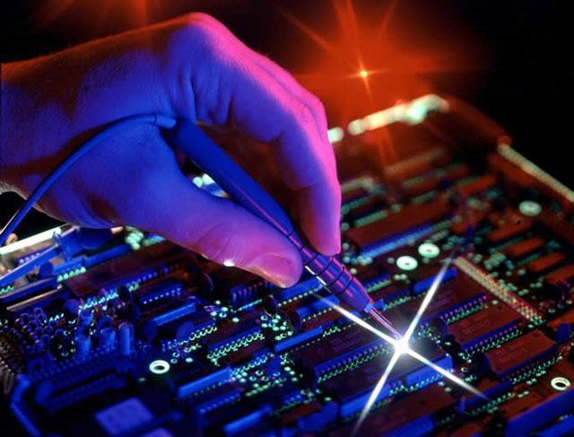 Điện - Điện tử đã trở thành ngành thiết yếu trong tất cả các lĩnh vực đời sống