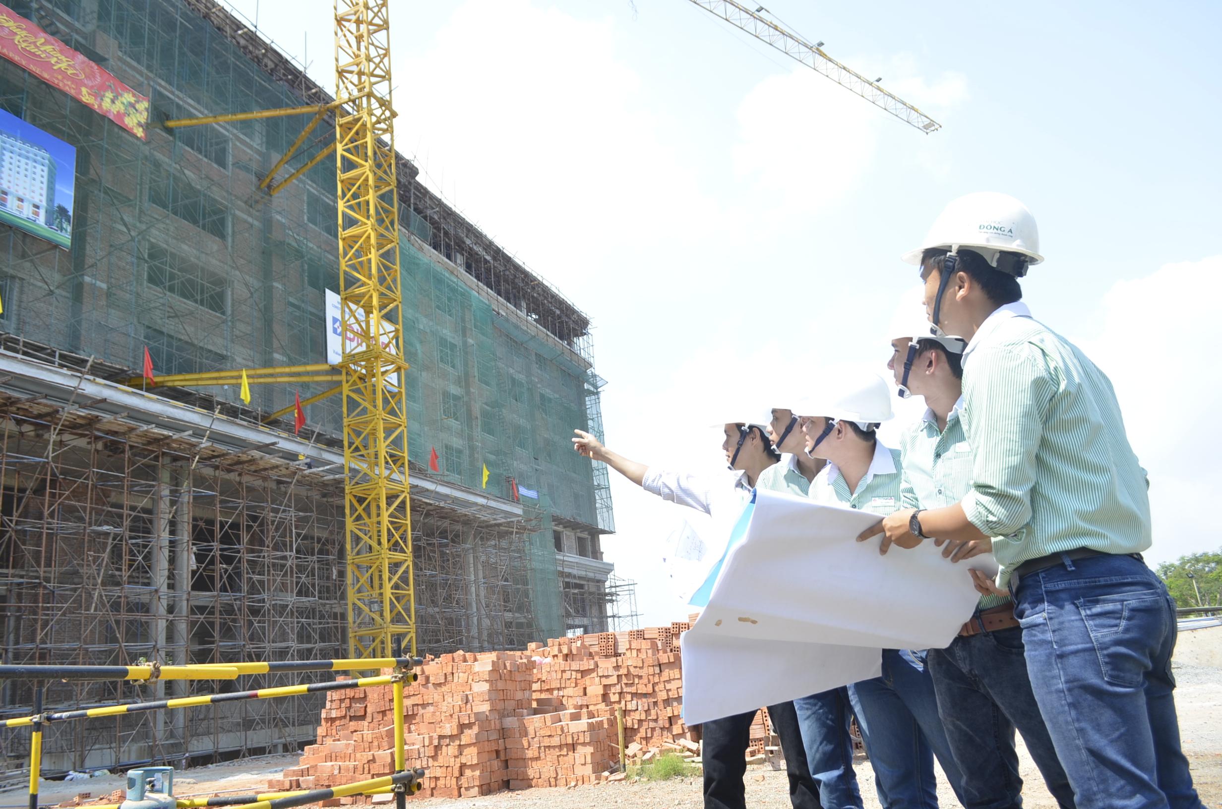 Thích tìm tòi, học hỏi, cập nhật các công nghệ mới, Mong muốn được làm việc trong lĩnh vực xây dựng là một trong những tố chất cần có của những bạn học ngành công nghệ kỹ thuật xây dựng