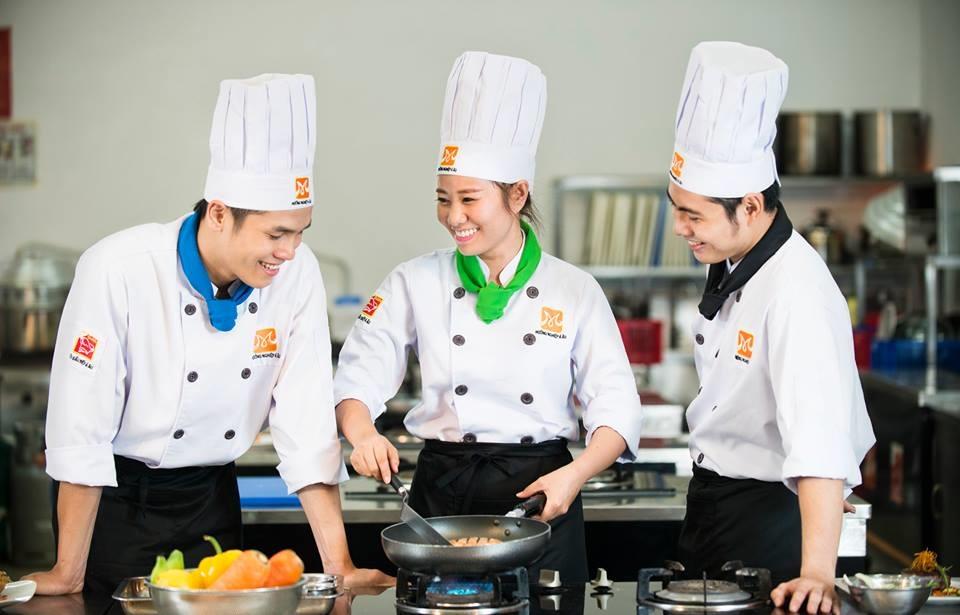 Học ngành quản trị chế biến món ăn tại htt sinh viên có nhiều cơ hội việc làm