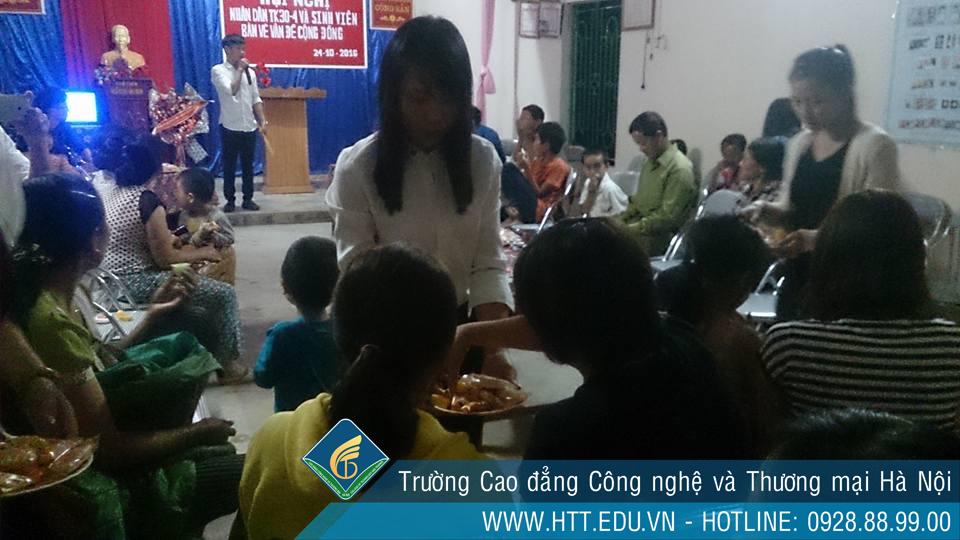 Sinh viên K7-CTXH thực hiện công tác xã hội tại địa phương