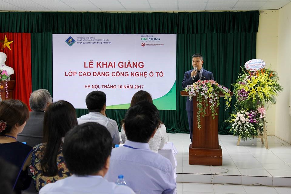 Ông Nguyễn Xuân Tuyến phát biểu chúc mừng