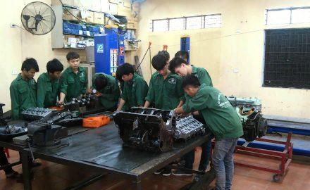 Ngành Công nghệ kỹ thuật ô tô học những gì?