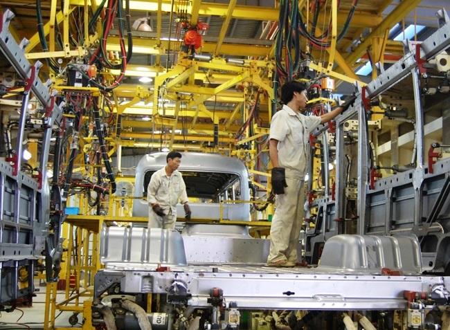 Phát triển công nghiệp hỗ trợ và đào tạo nhân lực ngành ô tô là nhiệm vụ trọng tâm