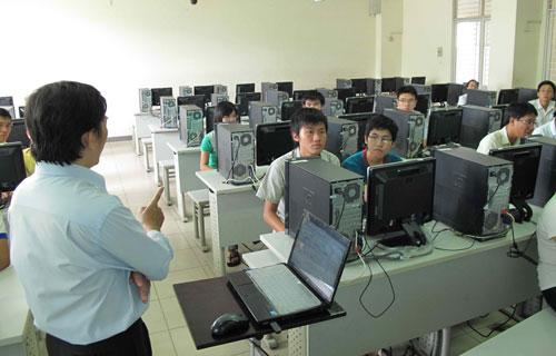 Học công nghệ thông tin