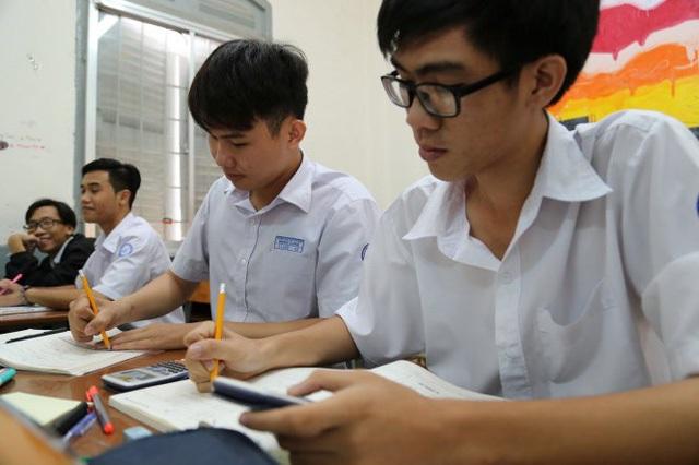 Hãy giữ tinh thần thoải mái nhất để có thể ôn thi tốt đạt kết quả cao trong kỳ thi thpt quốc gia 2018