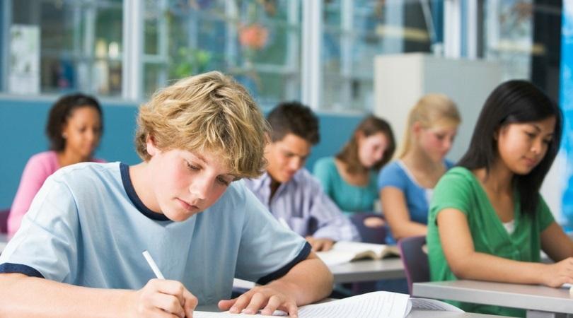 Hãy chuẩn bị đầy đủ các vật dụng cần thiết cho mỗi buổi thi để tránh mật tập trung