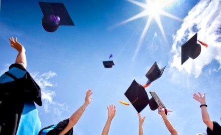 Những cơ hội và thách thức với sinh viên khi học song song 2 văn bằng