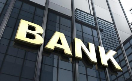 Xét tuyển cao đẳng tài chính ngân hàng có dễ xin việc?