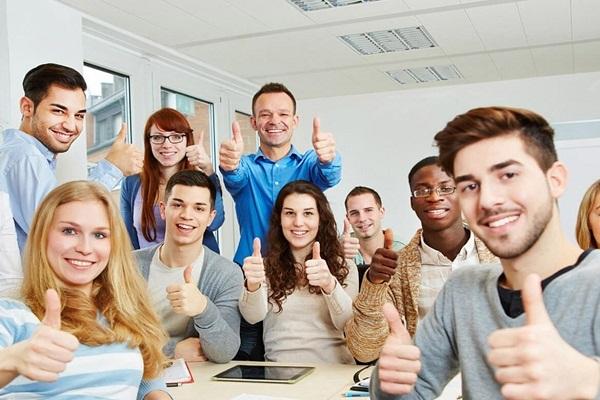 Cơ hội việc làm rộng mở đối với sinh viên ngành ngôn ngữ Anh