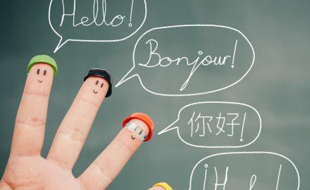 Học ngoại ngữ nào dễ xin việc nhất?