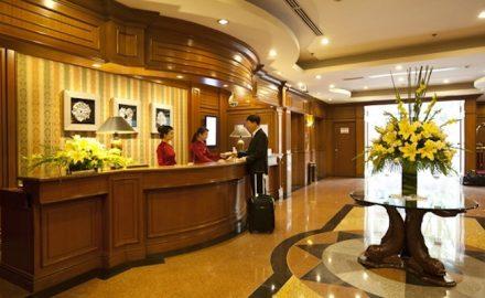 Lễ tân khách sạn 4-5 sao lương bao nhiêu ?