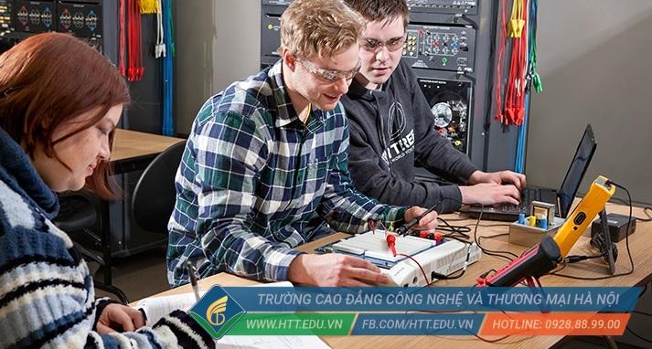 Học ngành điện điện tử Sinh viên HTT có cơ hội thực hành và thực tập tại các doanh nghiệp, tập đoàn lớn