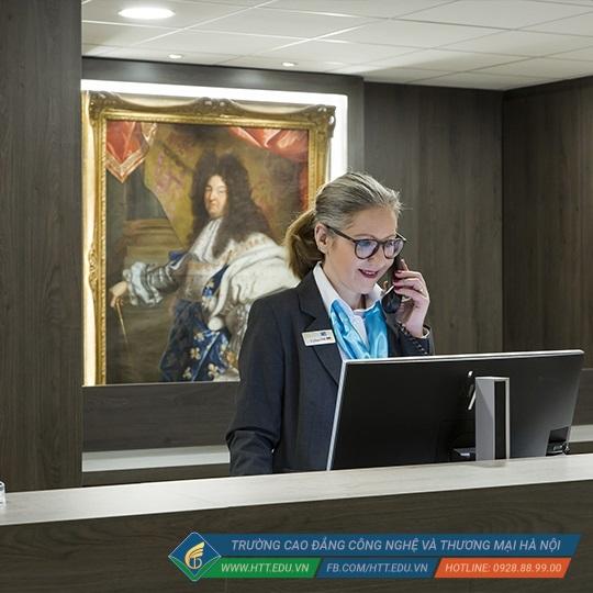 Bộ phận Sảnh, Lễ Tân là công việc phù hợp với sinh viên quản trị kinh doanh khách sạn sau khi ra trường