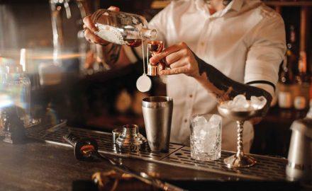 Muốn trở thành Bartender nên bắt đầu từ đâu ?
