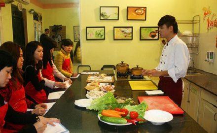 Học nấu ăn nên học trường nào thì uy tín?