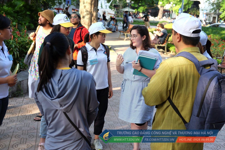 Đăng ký học ngành hướng dẫn du lịch tại HTT
