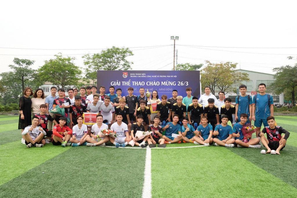 Chung kết giải bóng đá nam sinh viên HTT2021