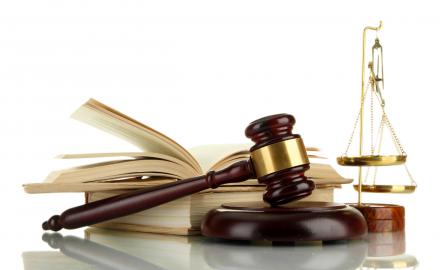 Lựa chọn nào cho sinh viên ngành Luật tại Việt Nam