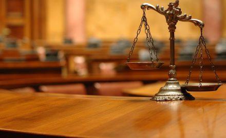 Ngành Dịch vụ pháp lý – Học gì và làm gì ?