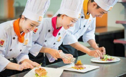 Học nghề đầu bếp nên biết tiếng anh ?