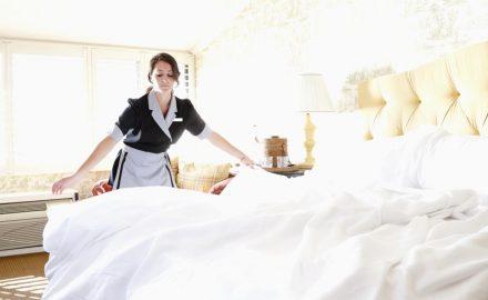 Tiêu chuẩn tác phong làm việc của chuyên viên buồng phòng khách sạn