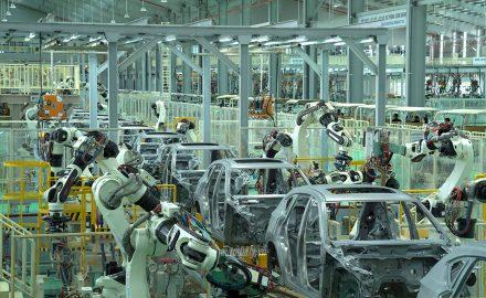Học ngành Công nghệ ô tô ra trường làm gì ?