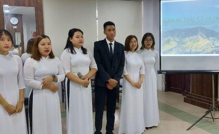 Lễ bảo vệ khóa luận tốt nghiệp của sinh viên ngành Hướng dẫn du lịch K11